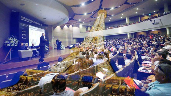 cmide - Congreso internacional sobre el futuro del internet en París