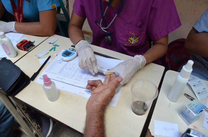 Alcaldia-de-Naguanagua-entrego-tratamientos-medicos-para-200-pacientes-con-diabetes-4